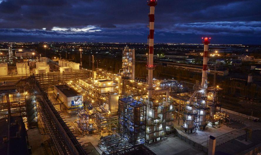 Проблемный российский НПЗ добивается банкротства своей бывшей газовой компании